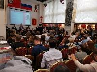 http://m.cptoday.cn/中俄建交70周年致敬作品《红莓花儿开》新书首发